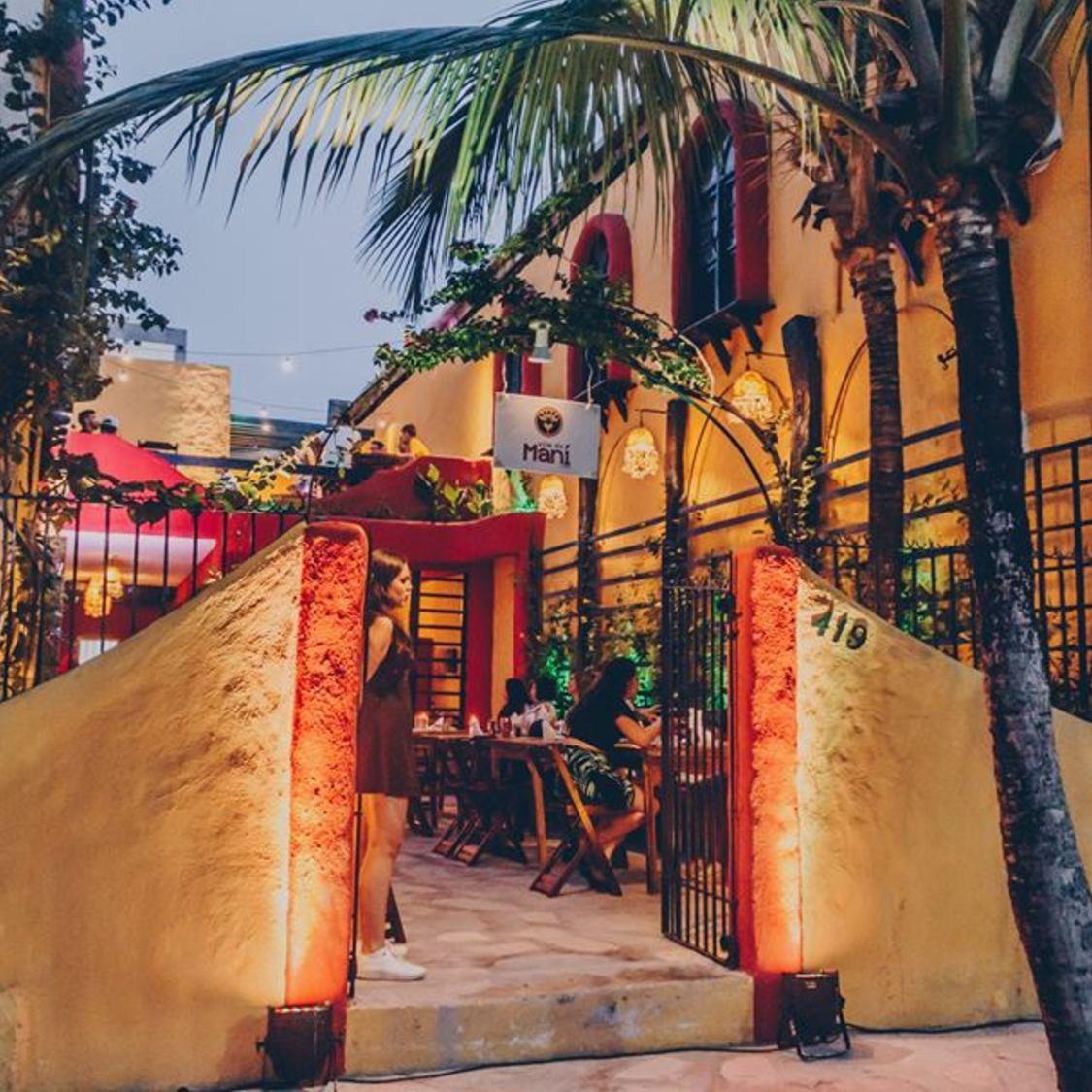 Vila de Maní