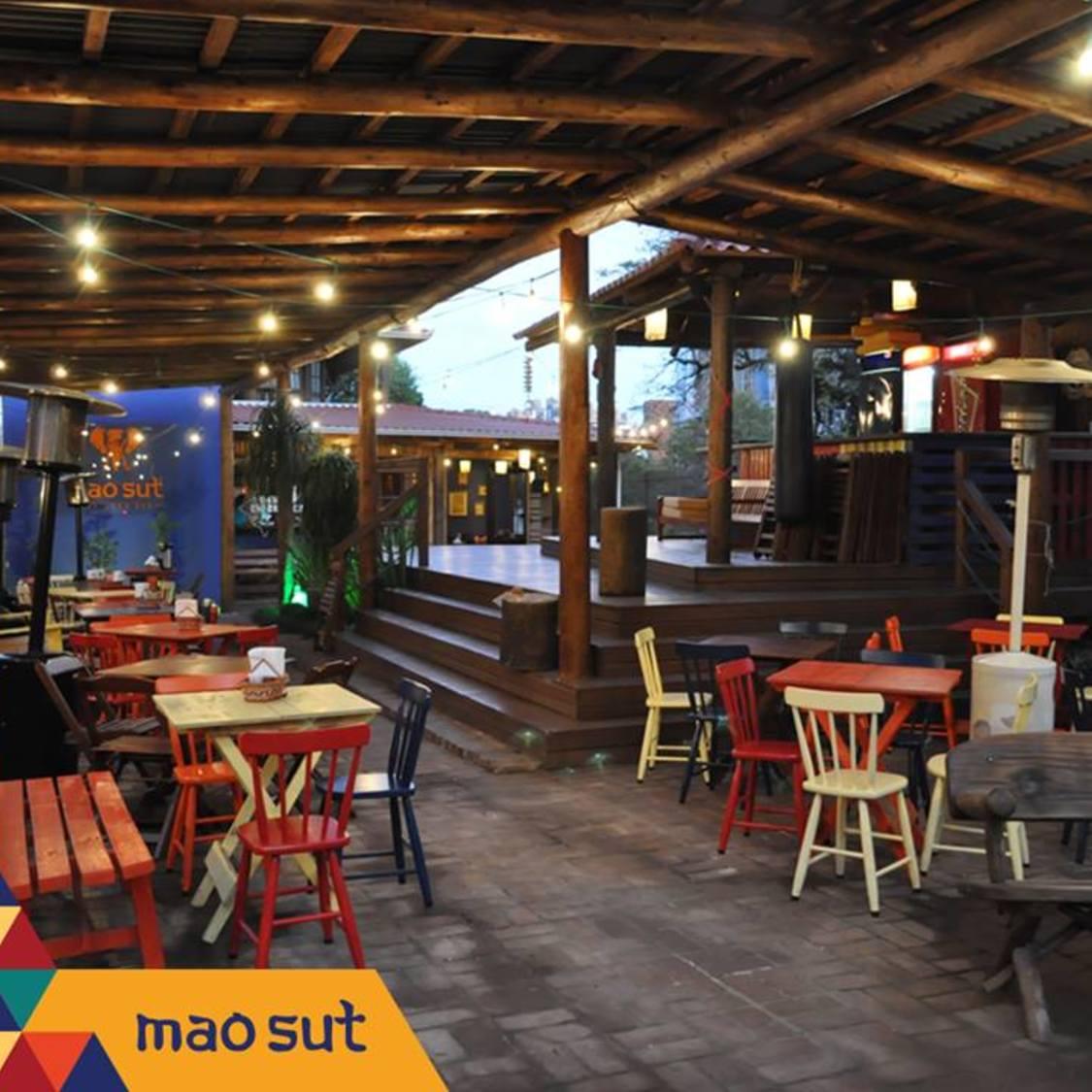 Mao Sut Thailand Bar